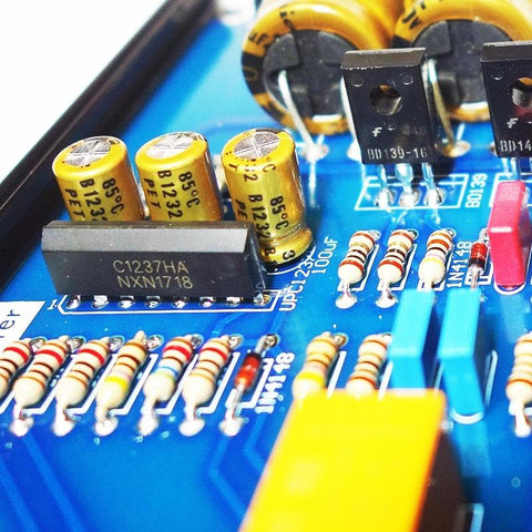 Independent element hifi High impedance headphone amplifier big thrust