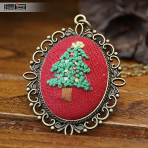 Christmas Finger embroidery diy handmade necklace female adult beginner material package