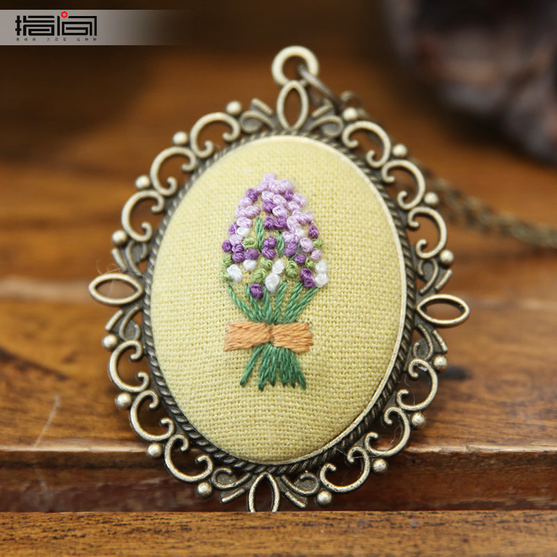 Wait Finger embroidery diy handmade necklace female adult beginner material package
