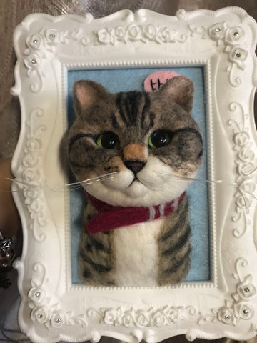 Customized wool felt handmade finished cat half body photo frame according to photos