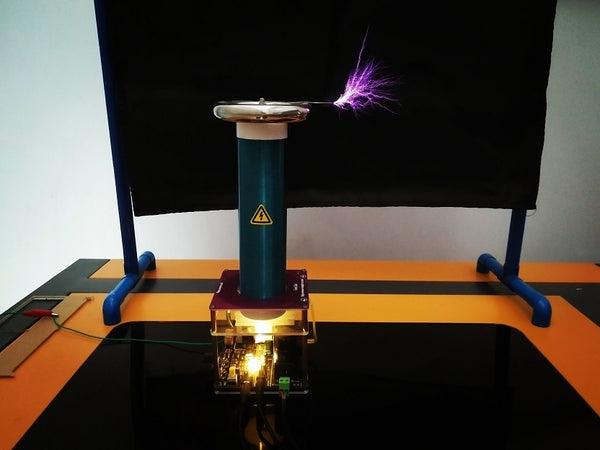 Tesla Coil integrated solid state music Tesla coil finished, artificial lightning