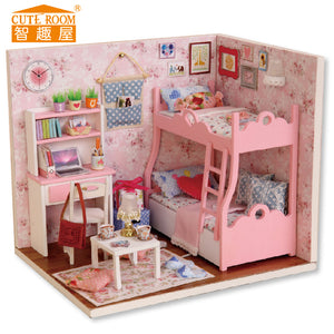DIY Wodden Miniatura Doll Houses