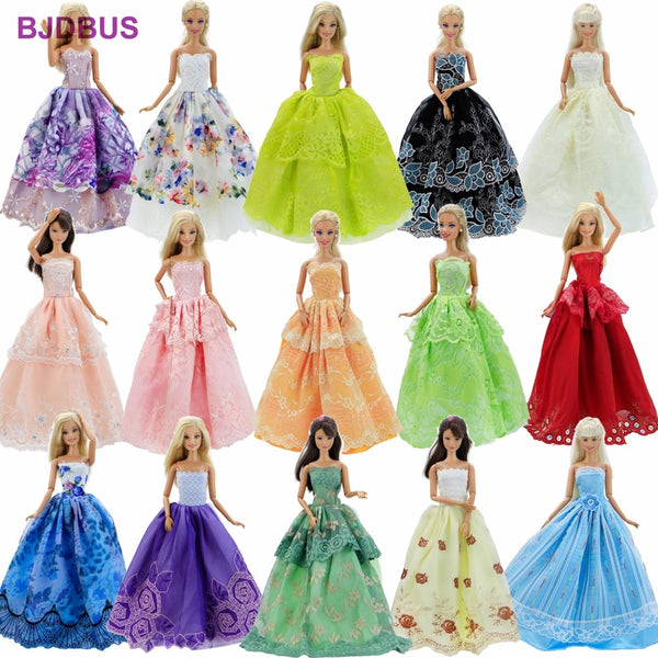 15 Pcs = 10 Pairs Of Shoes & 5 Wedding Dress For Barbie Doll Girls' Gift Random