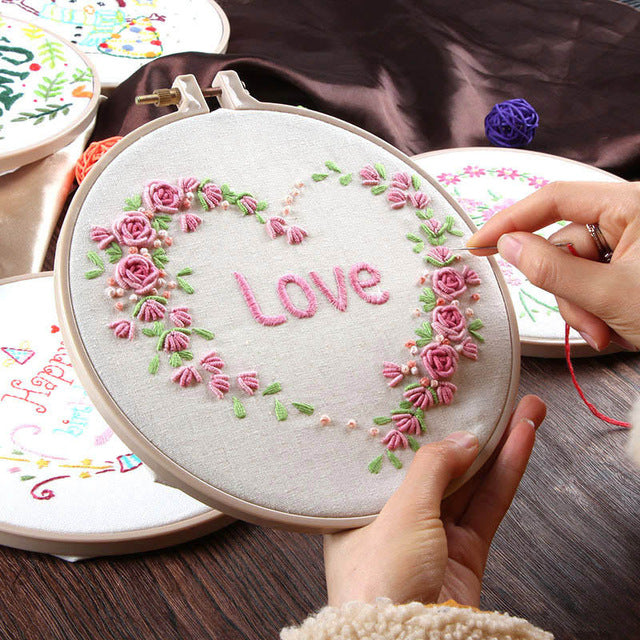 DIY Bride Flower Embroidery Accessories Kits Needlework for Beginner Cross Stitch