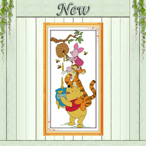 Stealing honey animal cartoon Winnie painting counted print on fabric DMC 11CT 14CT kits Cross Stitch