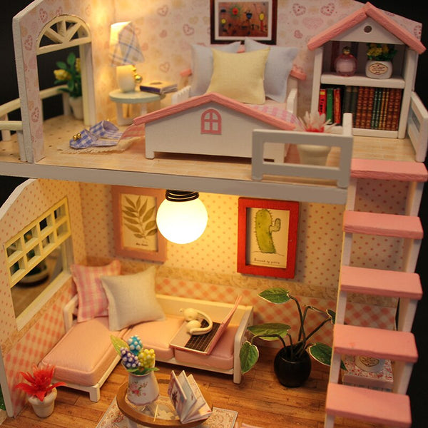 Wooden Dollhouse Miniaturas Furniture Toy House Doll Toys for Gift Home Decor Craft Figurines M33
