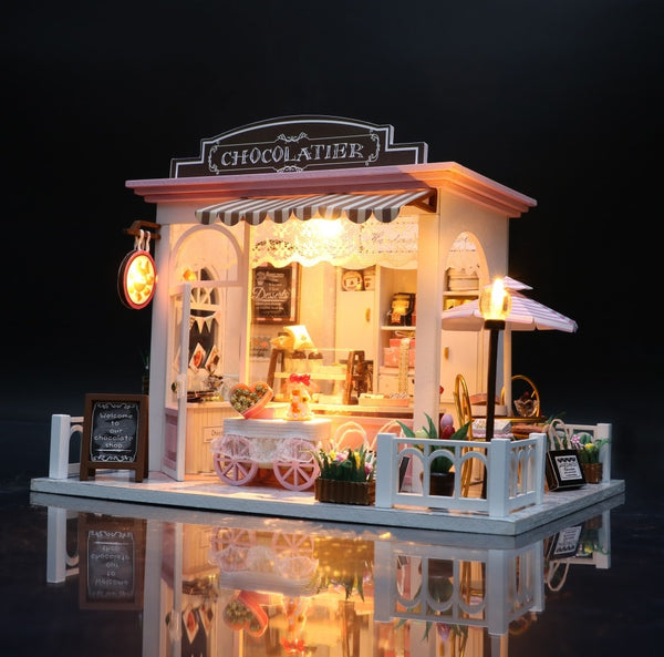 Dollhouse With Furniture Kit Wooden House Miniaturas Toys For Children C007