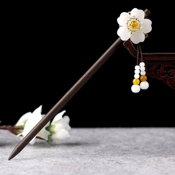 Product Description 1  Ethnic Handmade Wooden Shell Flower