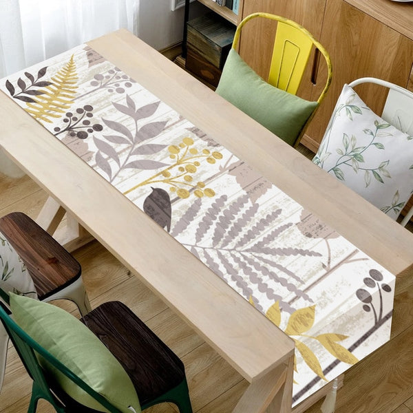 Simple Style Table Runner Animal and Green Plants Printed Table Runner for Wedding