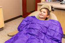 Load image into Gallery viewer, DentaCalm™ Pediatric Weighted Blanket for Dentists