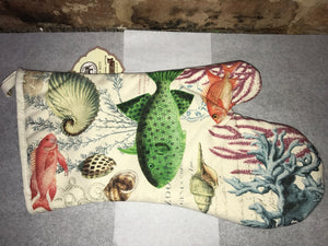 Sea Life Oven Mitt from Michel Design