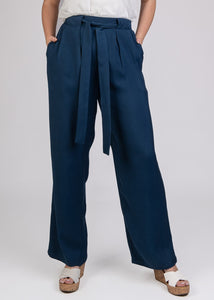 Relaxed Pant with Pleats & Belt - 120037