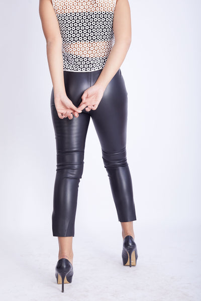 Leather Stretch Pants with Snap -120030