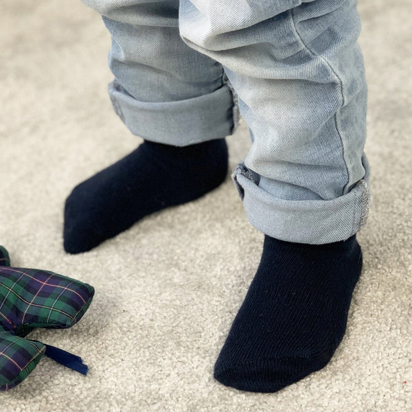Non-Slip Stay on Socks - 5 Pack in Navy Stripe and Navy
