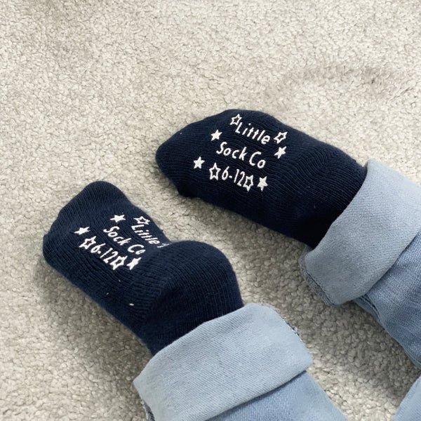 Non-Slip Stay on Socks - 5 Pack in Cornflower Pin Dot and Navy