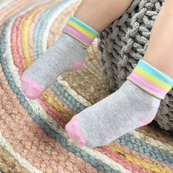Non-Slip Stay On Socks - 7 Pack in Rainbow stripe and spot with Lilac and Oatmeal