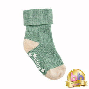 Non-Slip Stay On Socks in Forest Green with Oatmeal