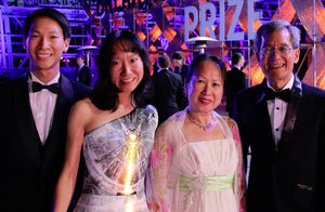 Particle Physics Dress at the Breakthrough Prize