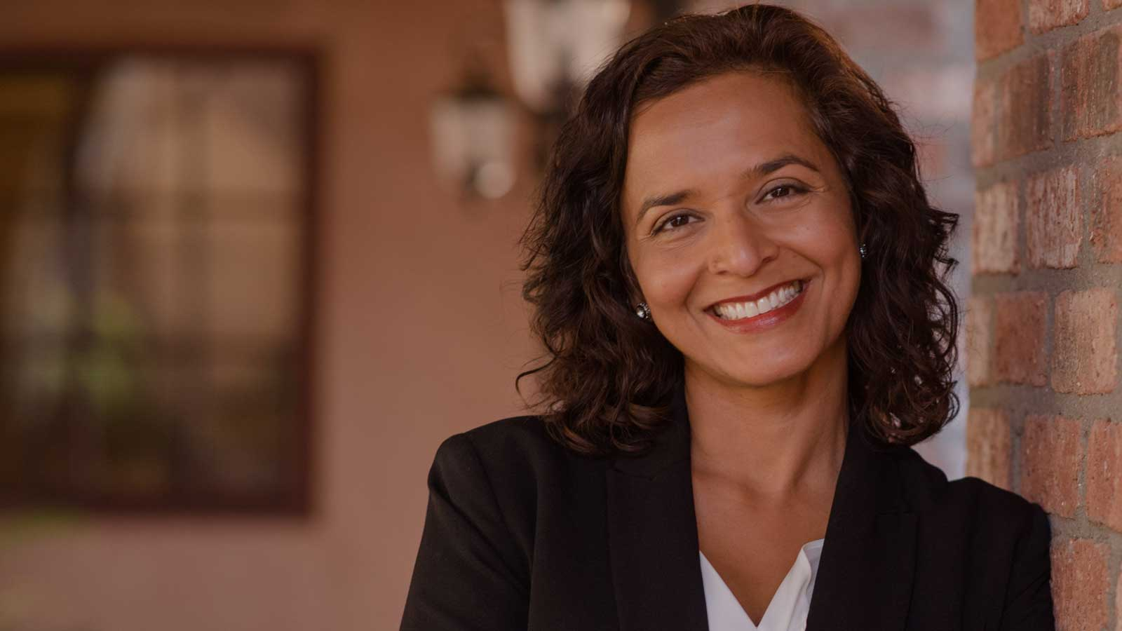 Dr Hiral Tipirneni - ER Physician and Cancer Research Advocate Arizona's 8th District