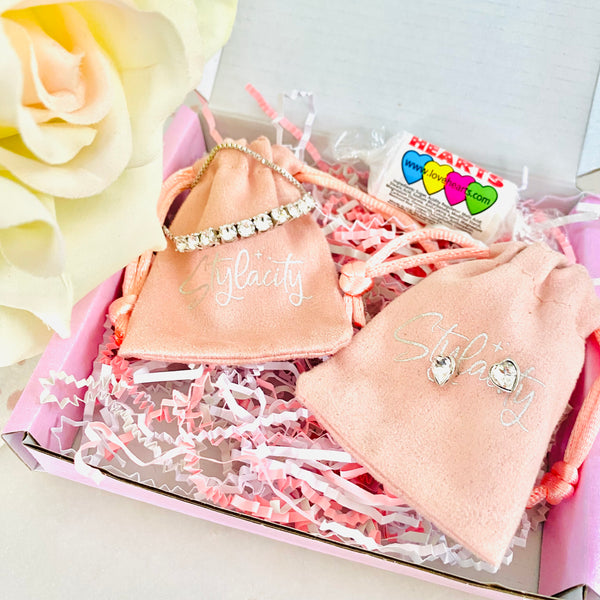 Leaf Huggie Hoop Earrings Silver - STYLACITY