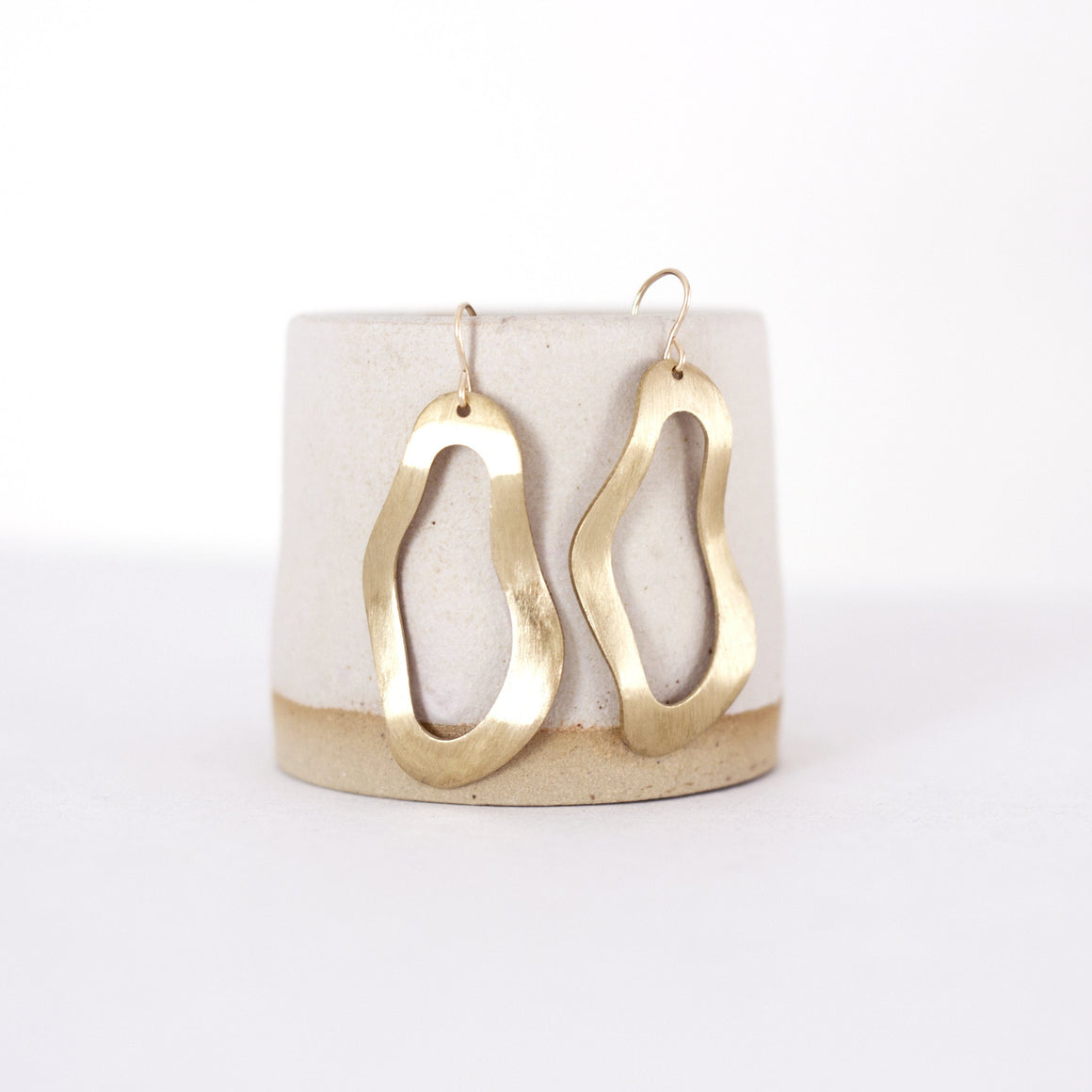 Brushed Brass Wave Circle Earrings