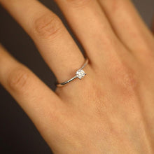 Load image into Gallery viewer, 0.24 Carat Moissanite Engagement Ring