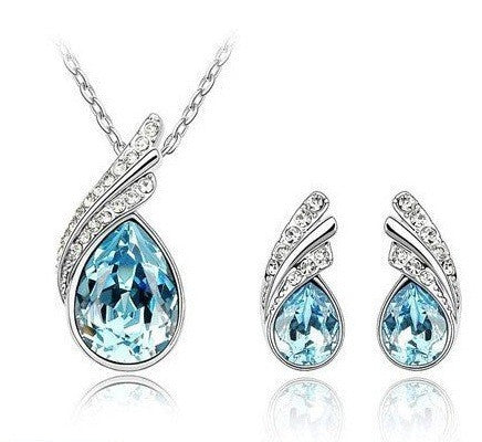 White Gold Plated Wings Necklace & Earrings Set