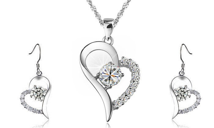 18K White Gold Plated Sparkle Heart Necklace and Earrings Set