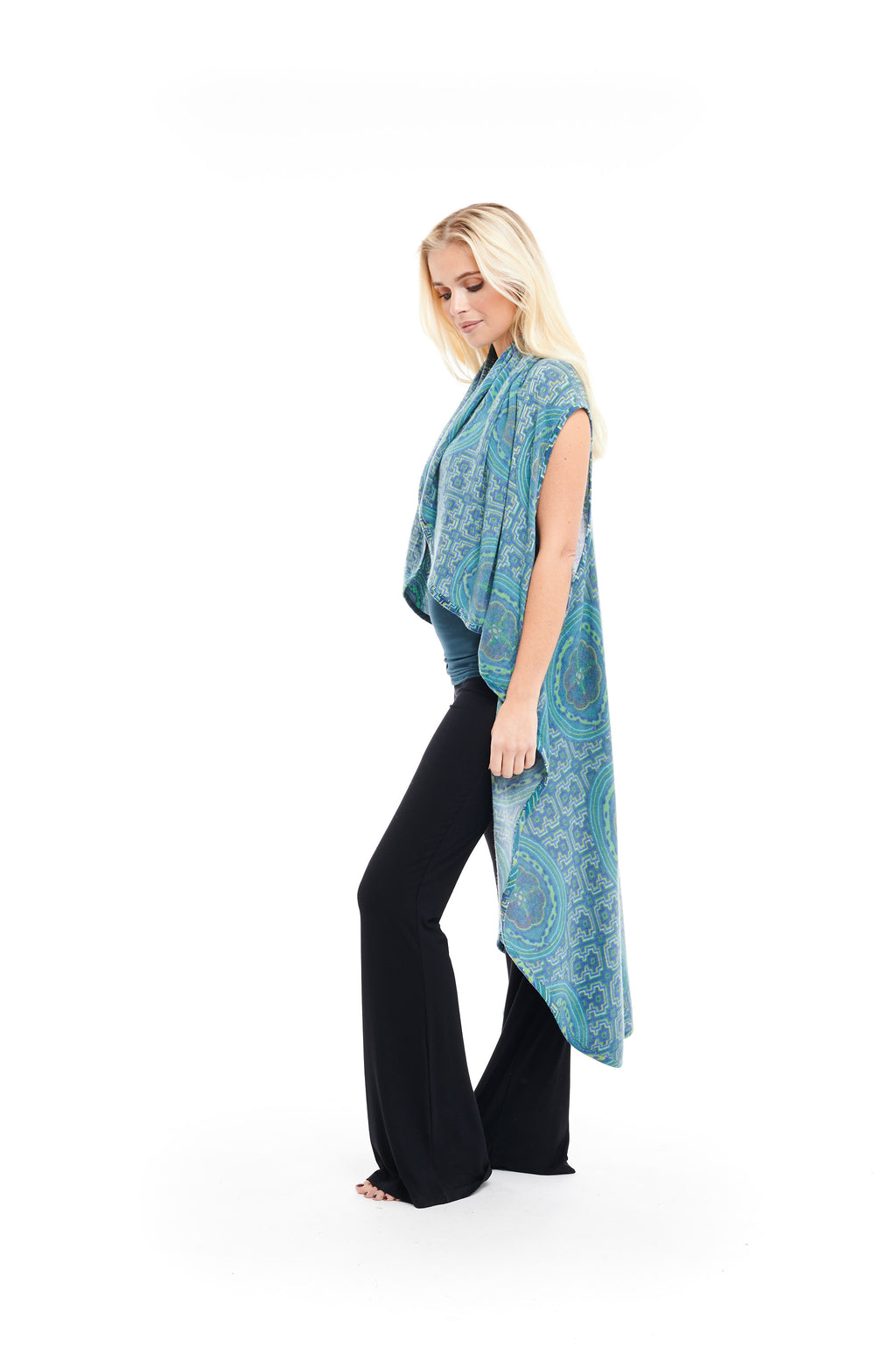 Luxury Cashmere Shipibo Sleeveless Wrap - Blue - MUDRA