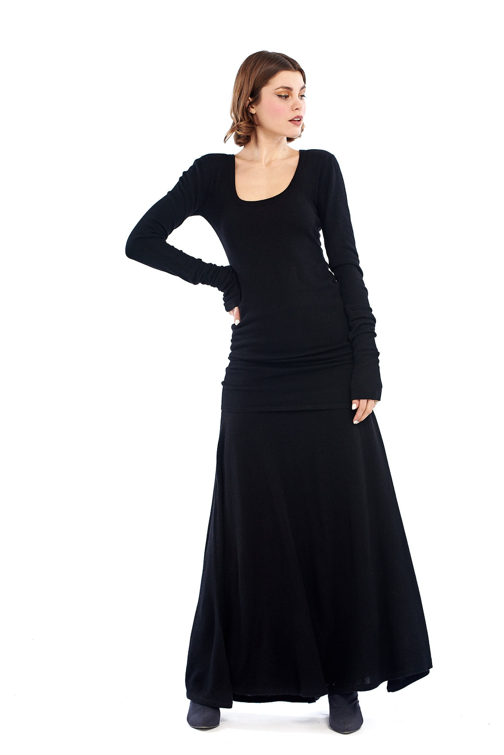 100% Pure Mongolian Cashmere Avalon Skirt Black - MUDRA