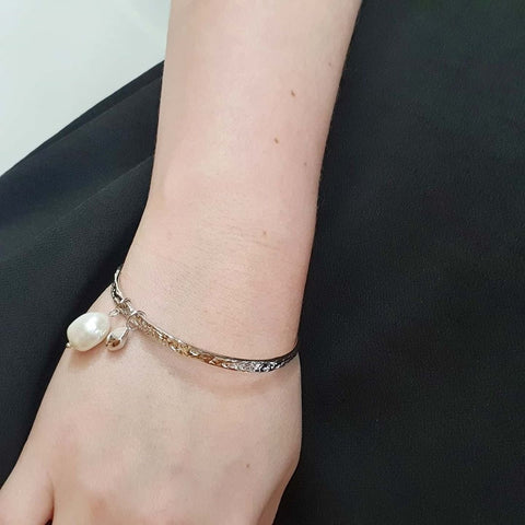 Textured Bangle with Baroque Pearl