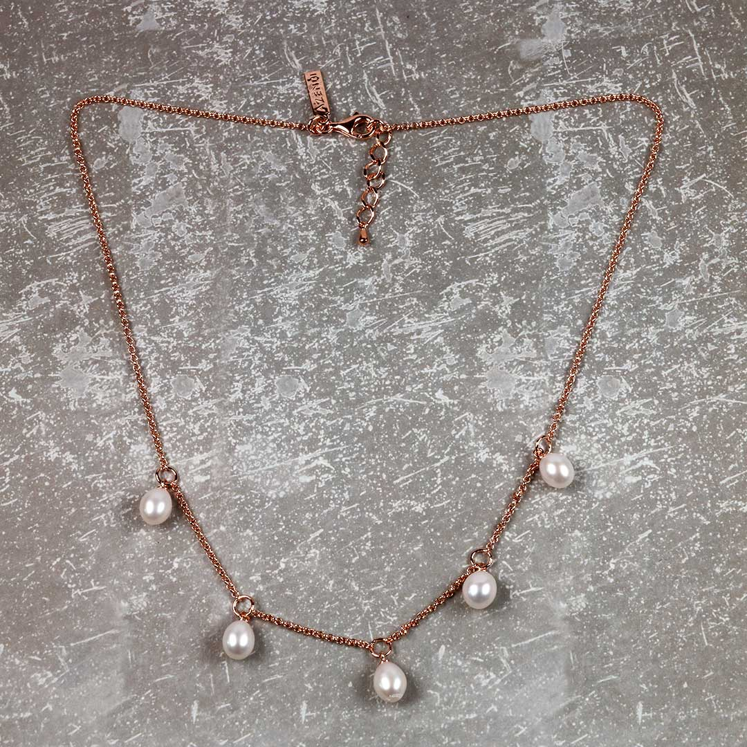 Silver Teardrop Freshwater Pearls Necklace