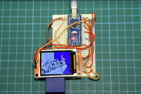 Nick Koumaris' Arduino-powered photo frame