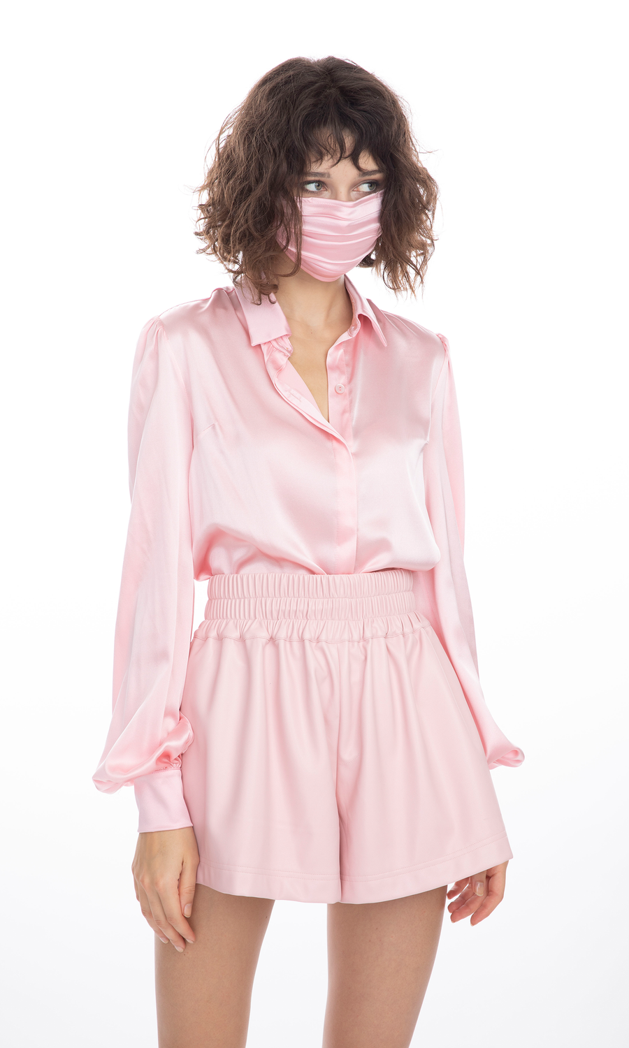 Abigail Silk Face Mask in Light Pink