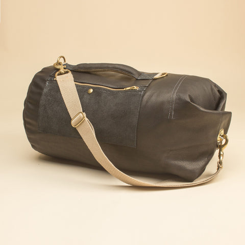 Leather Tombag Medium Midnight Blue