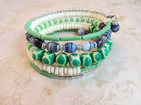 Dhoma Beaded Bangle - Mint Green & White