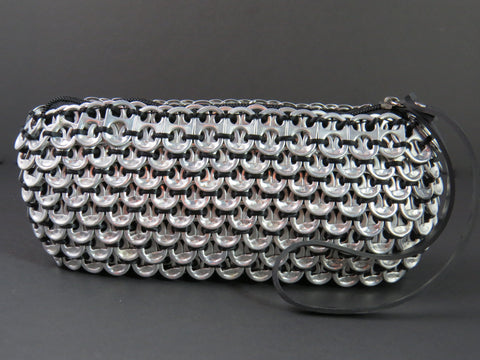 Loredo Black Pop Tab Clutch