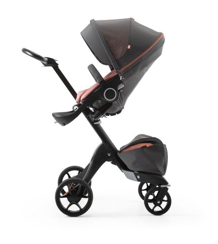 Stokke® Xplory® Athleisure Coral chassis black