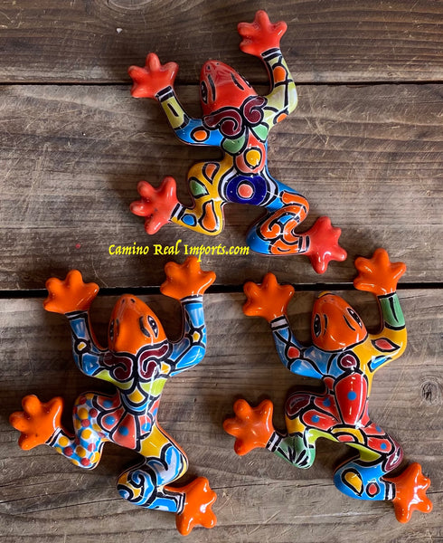 SET OF 3 WALL HANGING MEXICAN TALAVERA POTTERY FROGS ST3TPF008