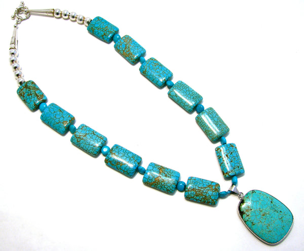 TURQUOISE NECKLACE WITH PENDANT
