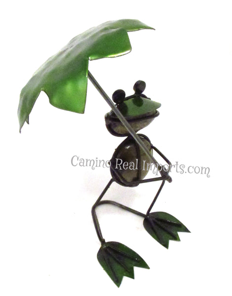 Metal Rock Frog holding Umbrella Yard Garden Decor Caminorealimports.com