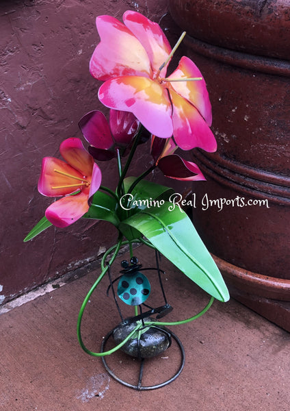 4 Metal Flowers W/ Frog Hand Made Caminorealimports.com
