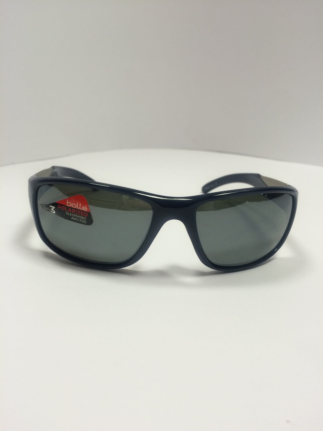 Bolle vibe Designers sunglasses, front