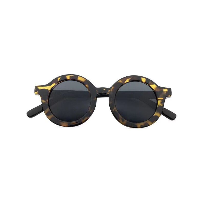 Tortoise Shell Sunglasses with Round Frame
