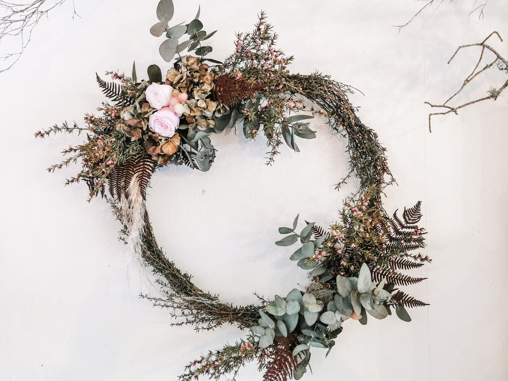 Medium pink & green toned wreath