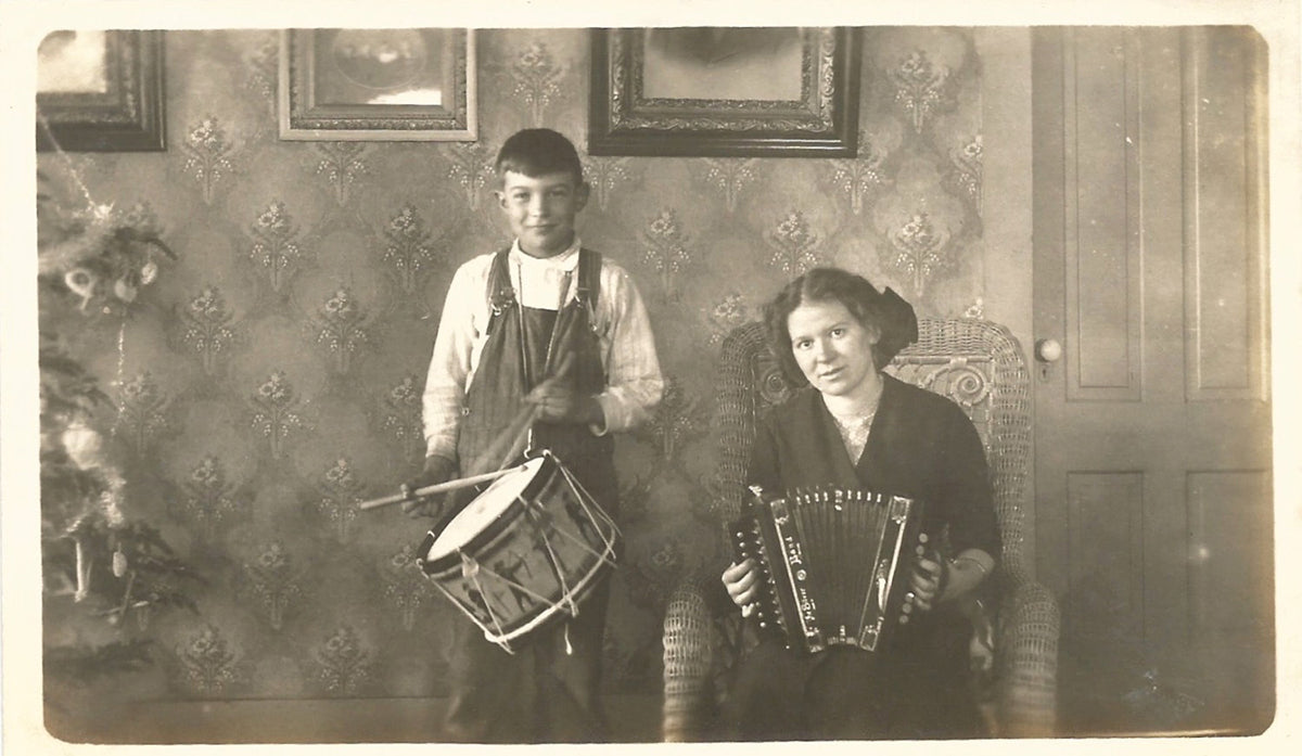 Drum and Accordion Vintage Christmas