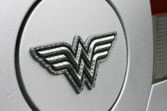 Wonder Woman Fan Emblems - Classic Logo Chrome