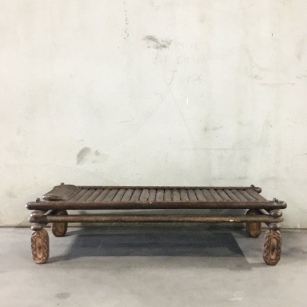 Tribal Daybed (Ex-Staging)