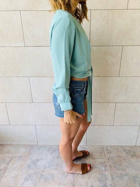 Mint Fyre Cropped Shirt