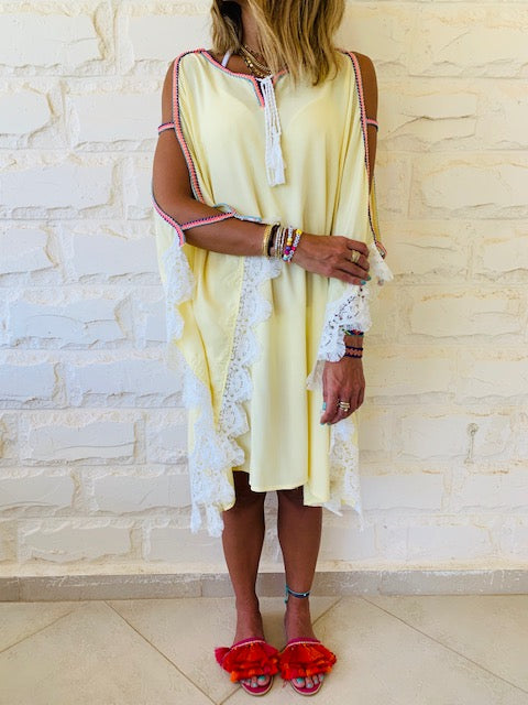 Yellow Lacey Shoulder Trim Kaftan